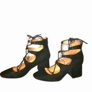 Block Heel Lace Up Shoes Size 9.5
